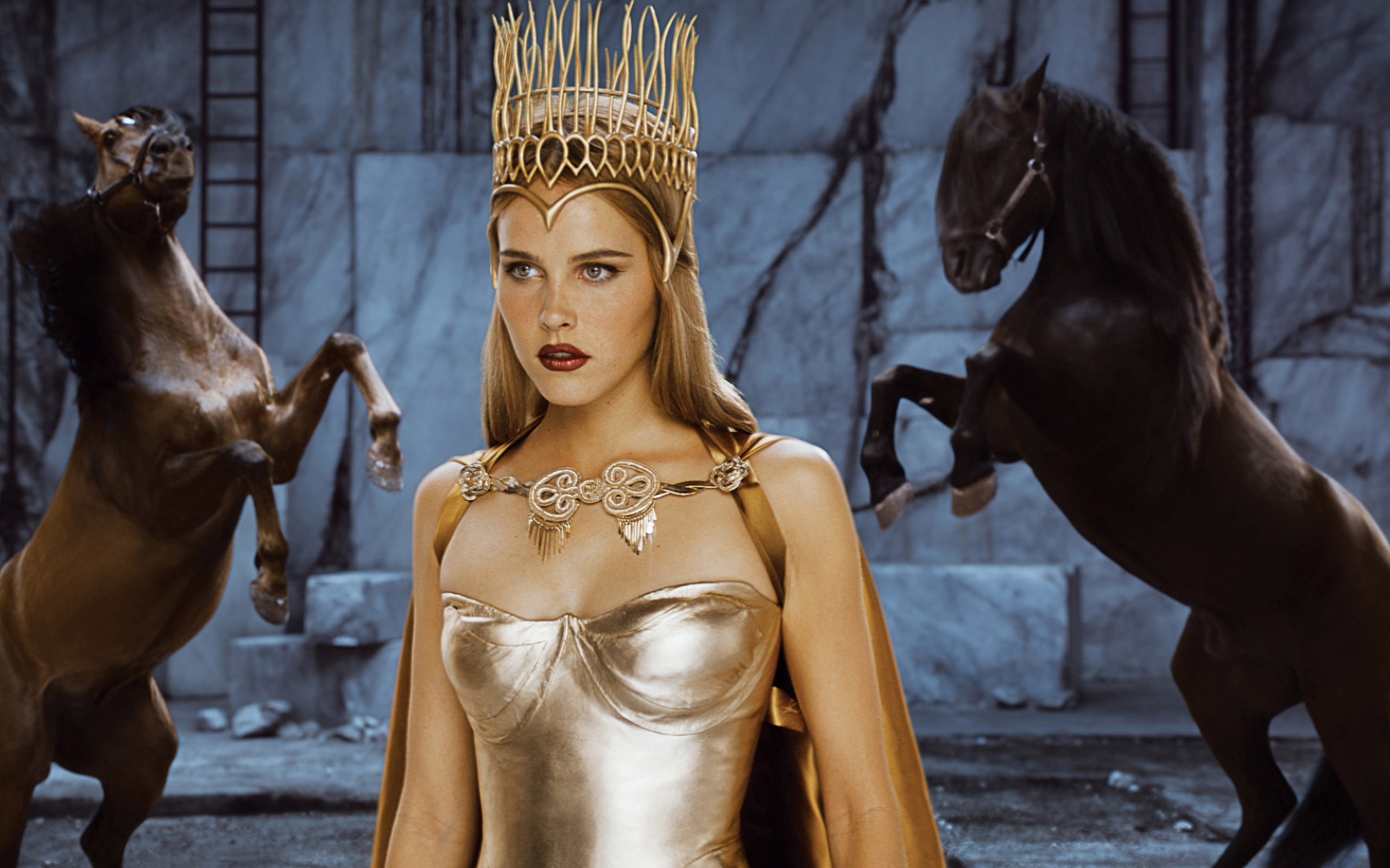 Isabel Lucas Immortals walpapers for windows