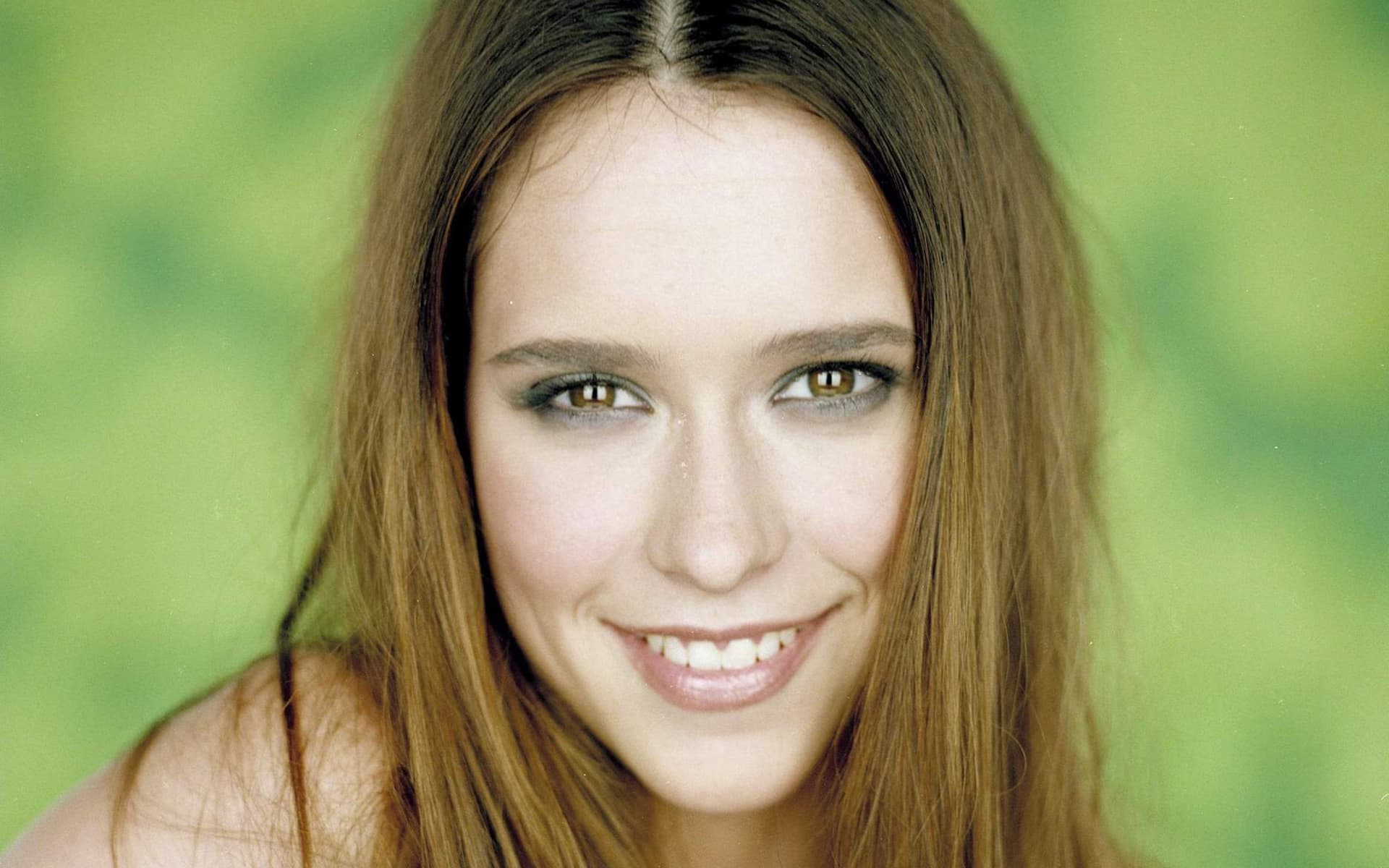 Jennifer Love Hewitt eyes High Definition wallpaper