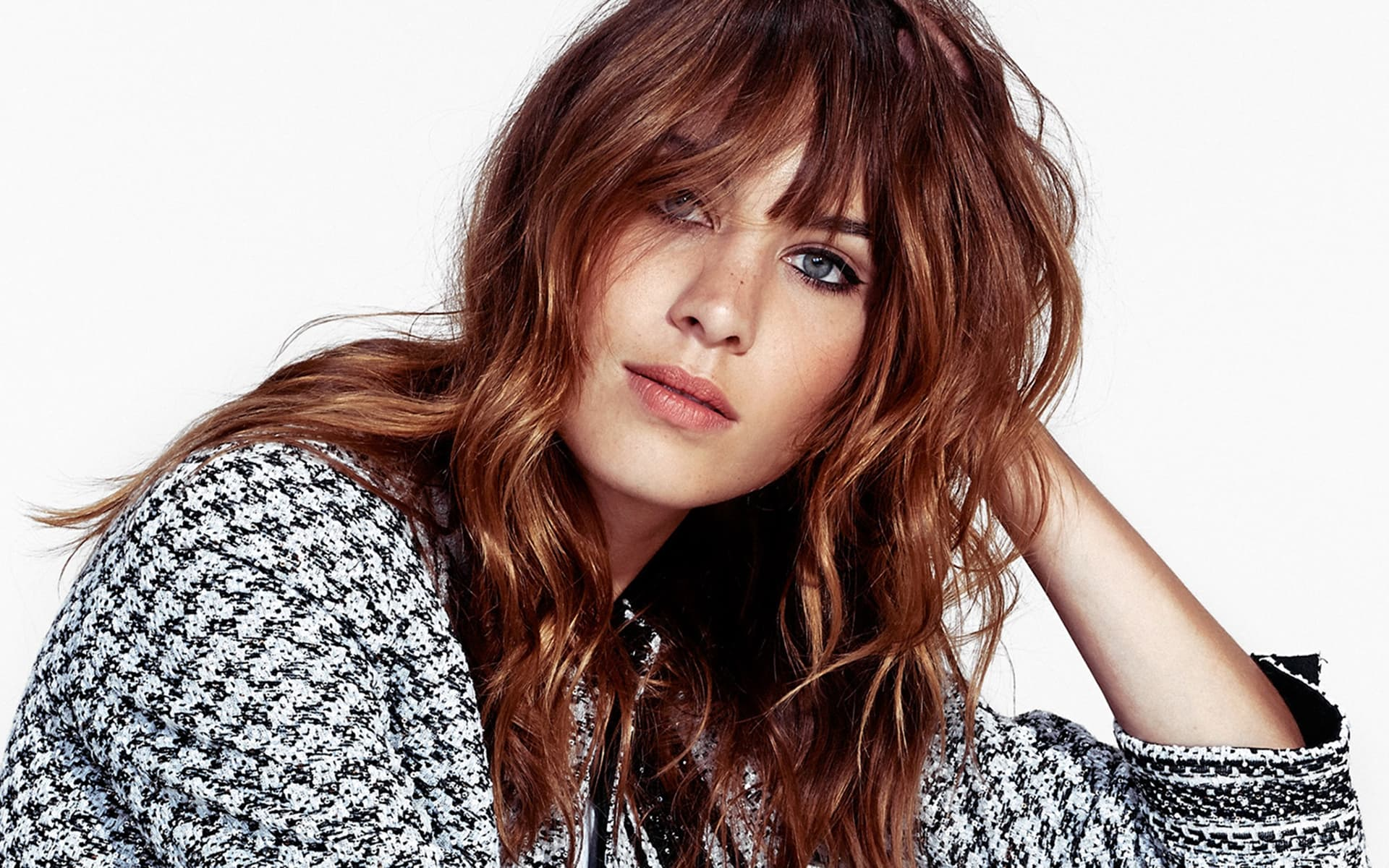 beautiful Alexa Chung HD wallpapers