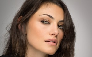 lips Phoebe Tonkin Wallpapers High Quality