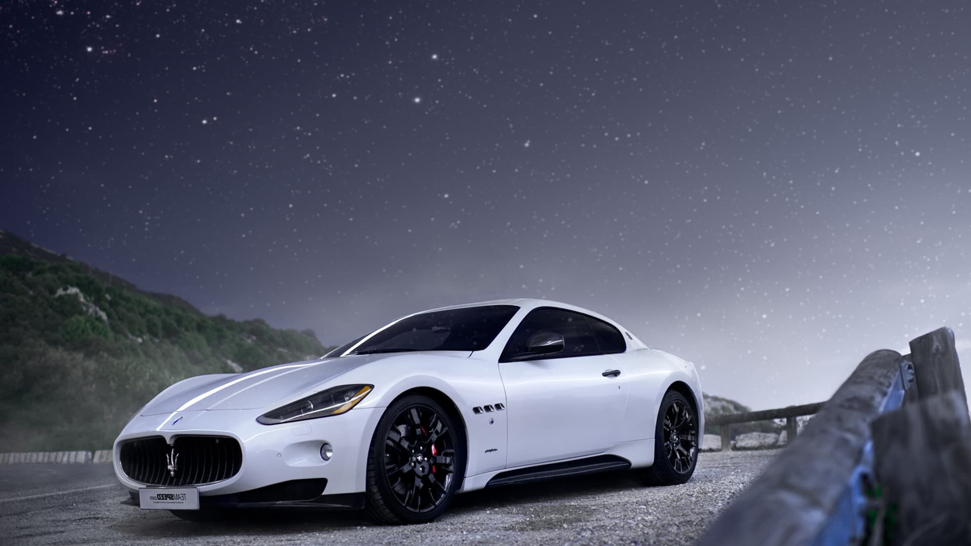 white maserati granturismo wallpaper bee clipart images bee clipart png
