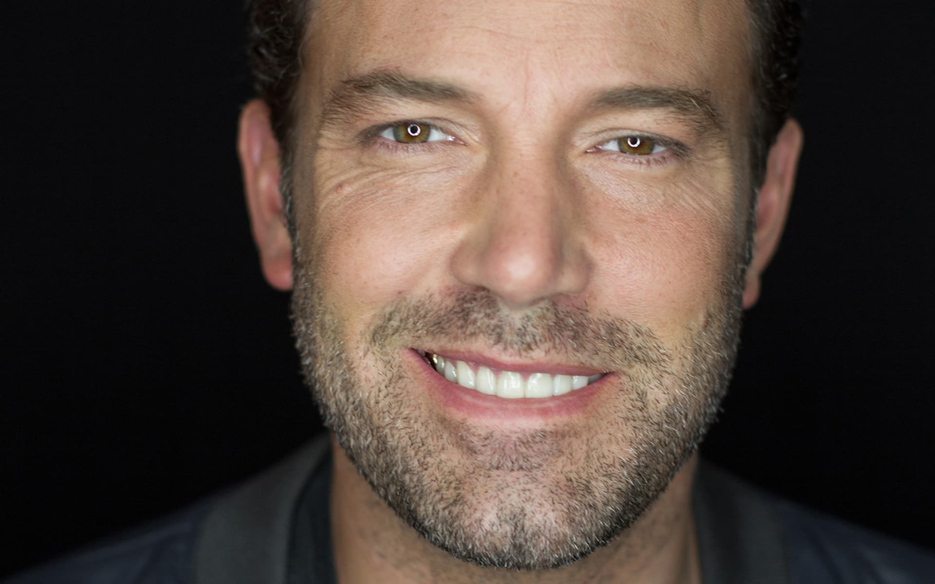 New wallpapers Ben Affleck eyes smile HQ pictures