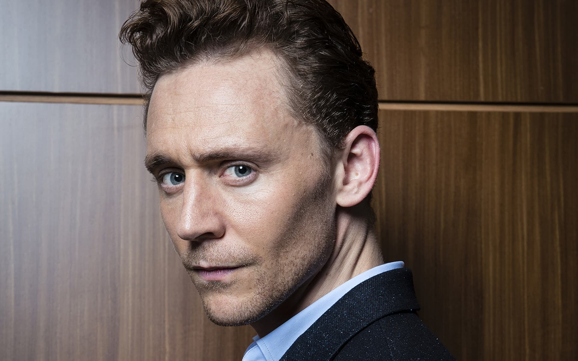 Tom Hiddleston wallpapers HQ pictures