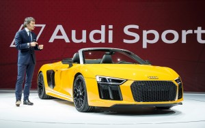 presentation 2017 Audi R8 Spyder V10 desktop wallpaper