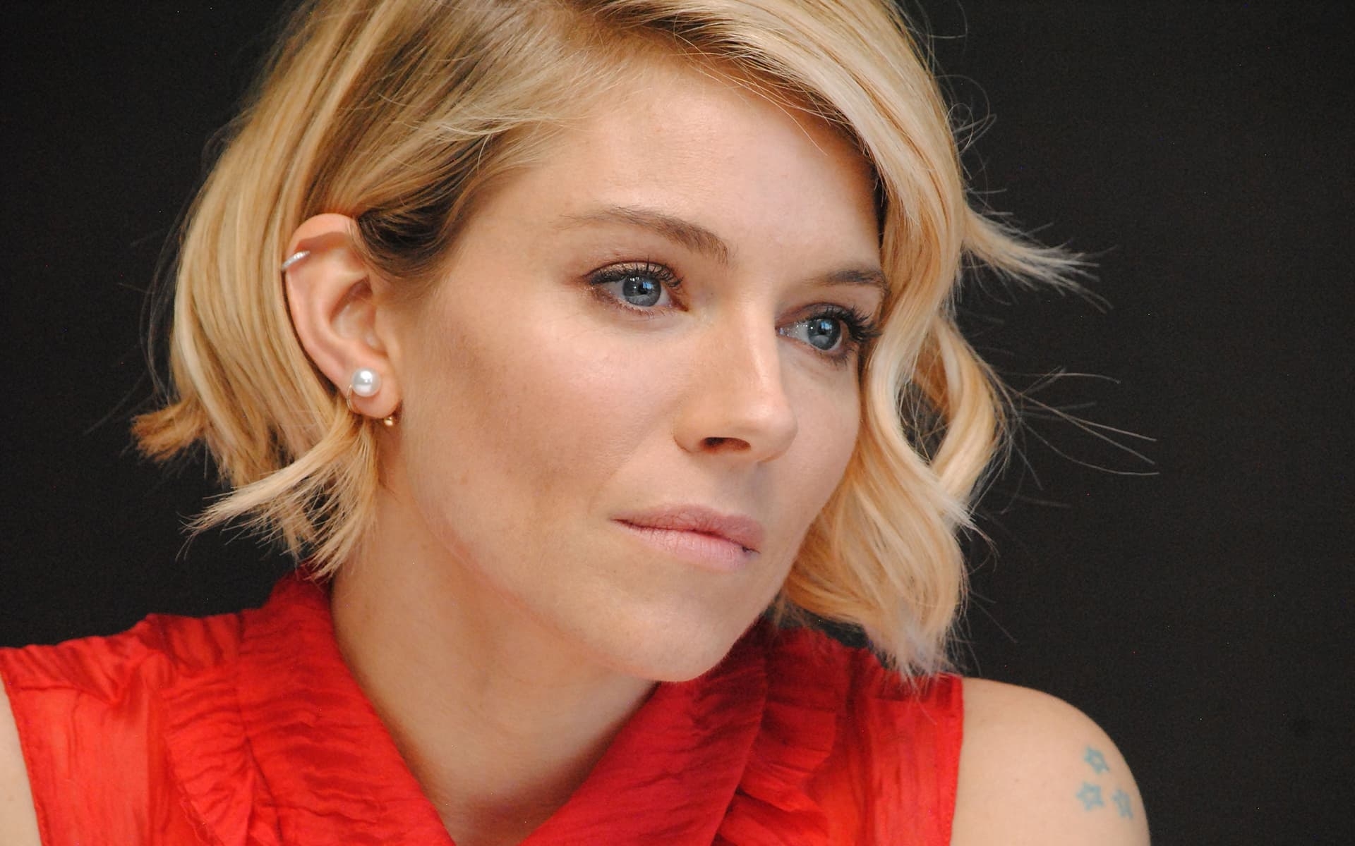 Car Games 2016 >> 20+ Sienna Miller wallpapers High Quality Download