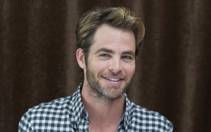 smile Chris Pine new photos