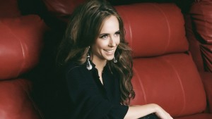 smiling Jennifer Love Hewitt wallpapers HD