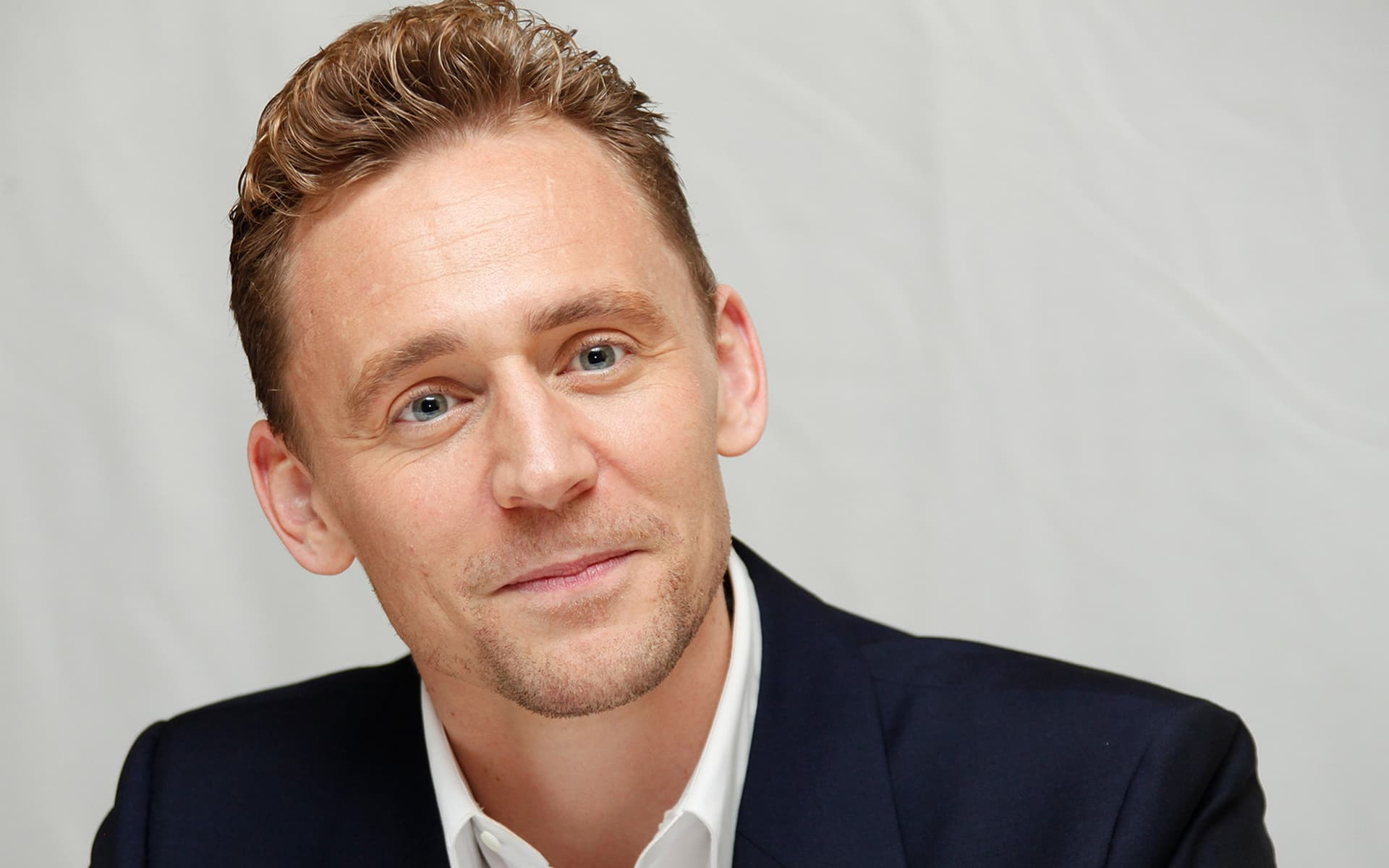 cute Tom Hiddleston wallpaper new 2016 picture