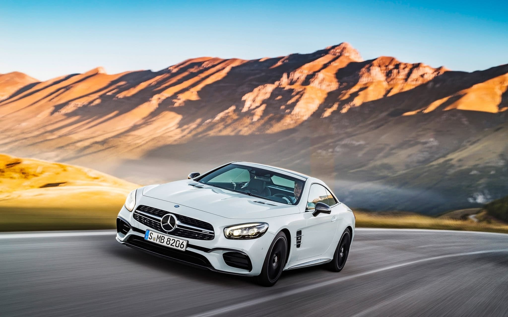 2016 Mercedes AMG SL63 picture