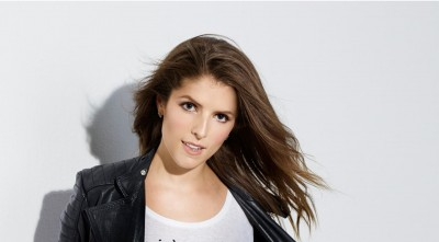 cute Anna Kendrick Wallpapers