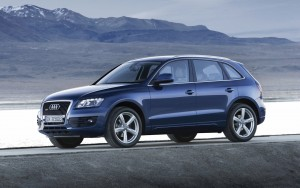 Audi Q5 blue High Resolution