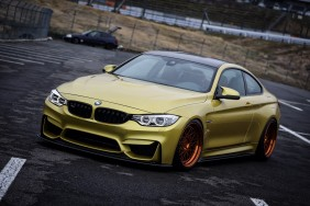 Green BMW coupe wallpaper