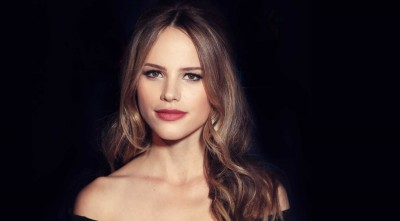 Halston Sage High Resolution Wallpapers