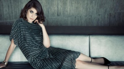 Lizzy Caplan Images