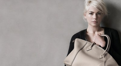 Michelle Williams handbag style