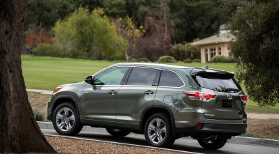 Toyota Highlander 2016 rear image HD
