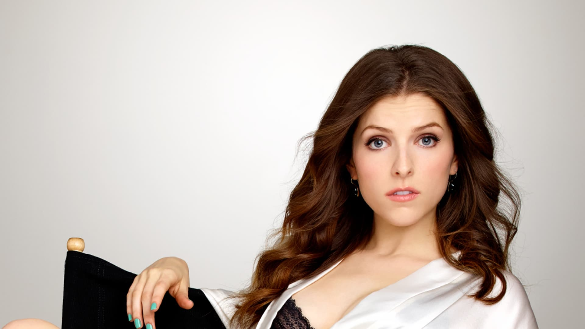 awesome Anna Kendrick Background