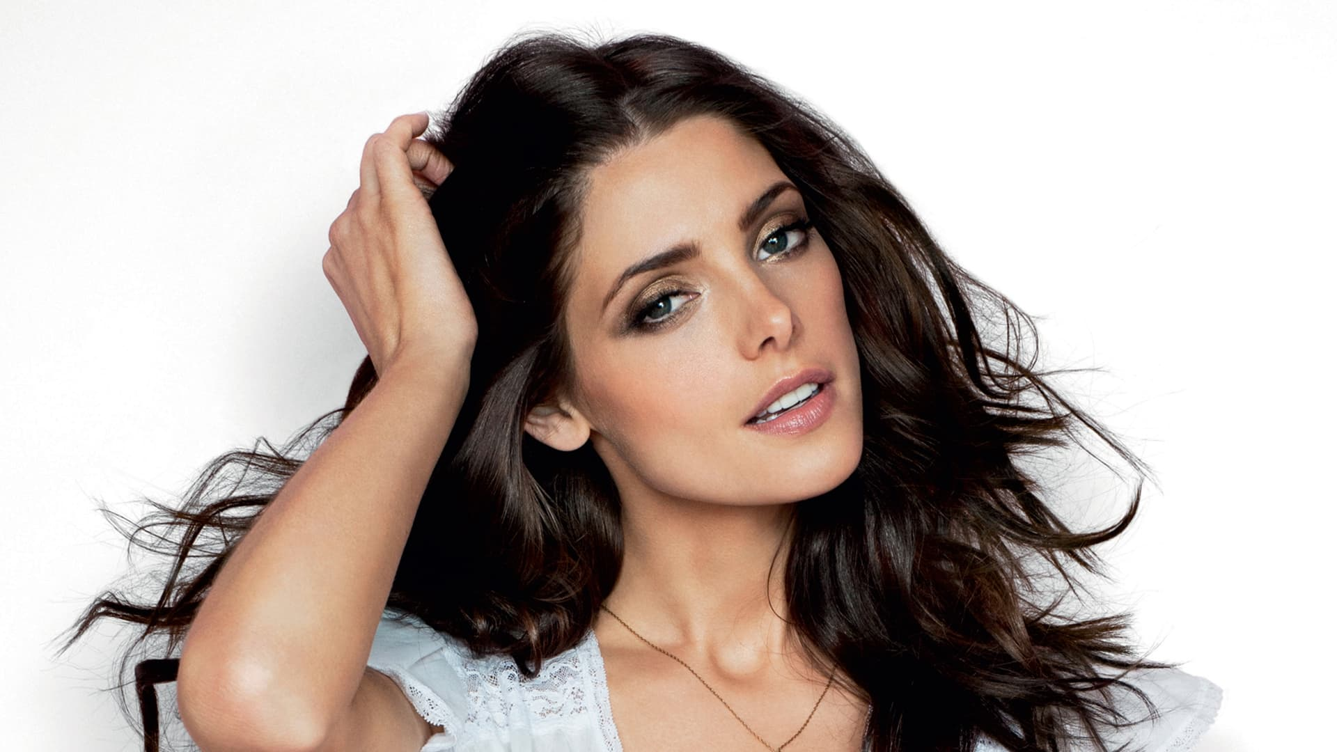 Ashley Greene white Download, pictures