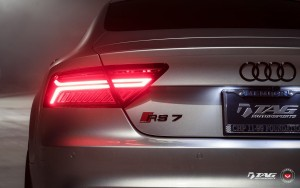 back light 2016 Audi RS7 1080p