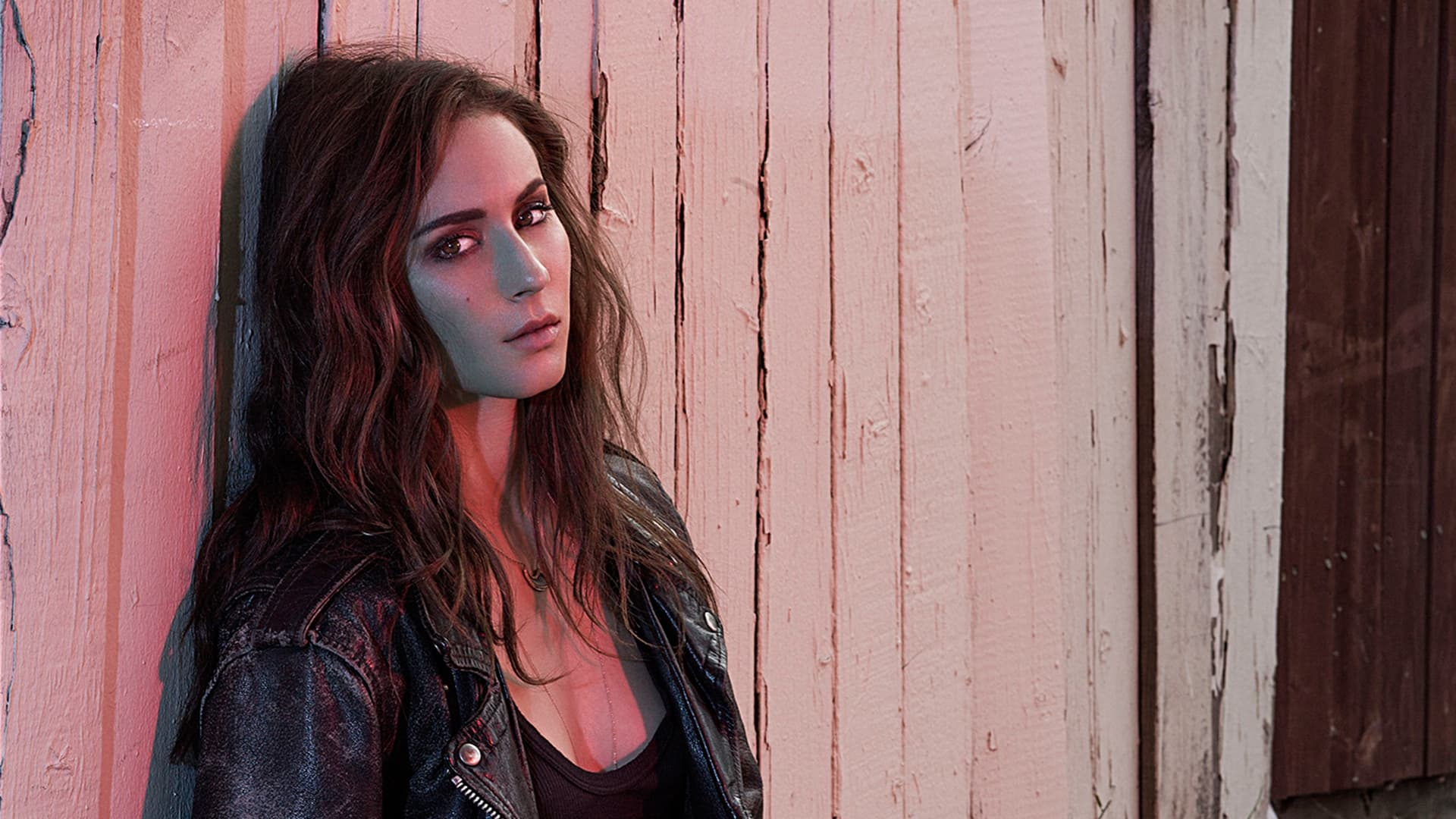 beautiful Troian Bellisario wallpapers