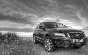 bw Audi Q5 for Desktop