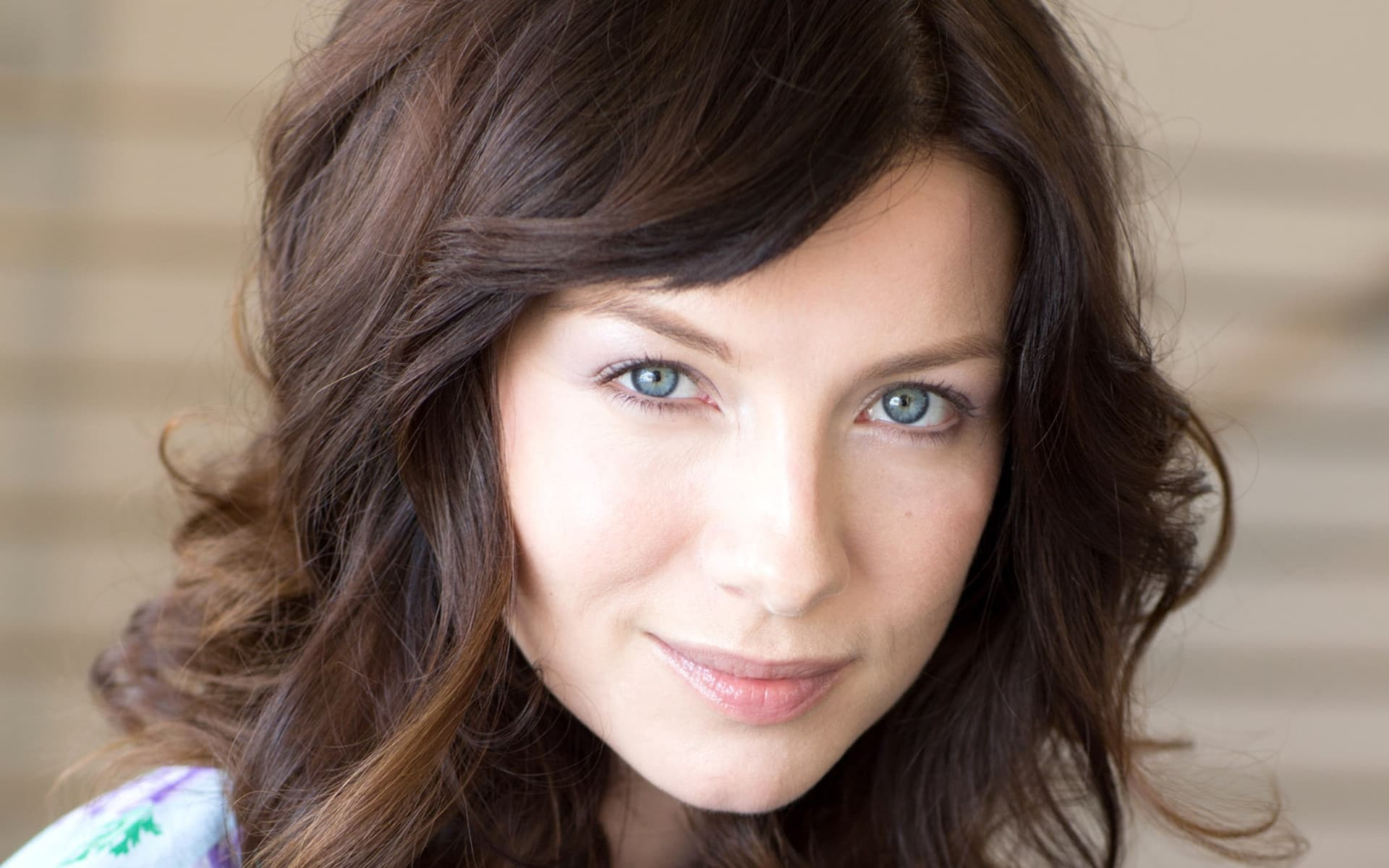 Caitriona Balfe wallpaper