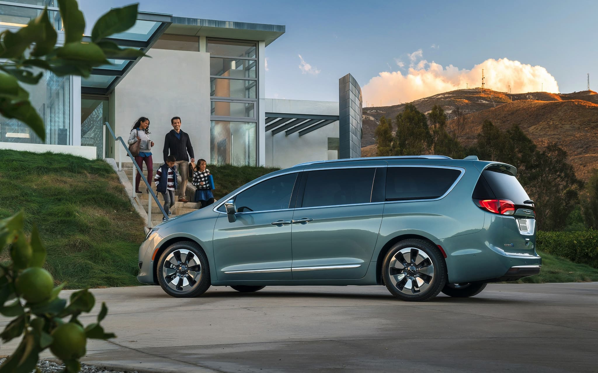 chrysler pacifica minivan 2016 wallpapers hd high quality resolution. Black Bedroom Furniture Sets. Home Design Ideas