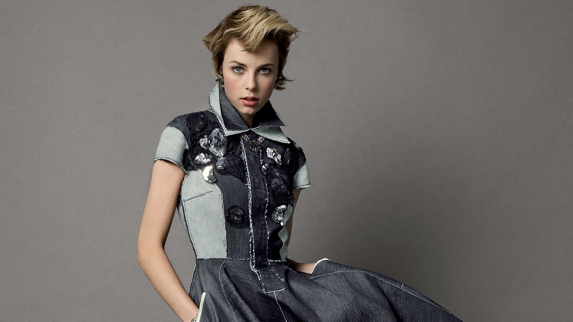 Edie Campbell style