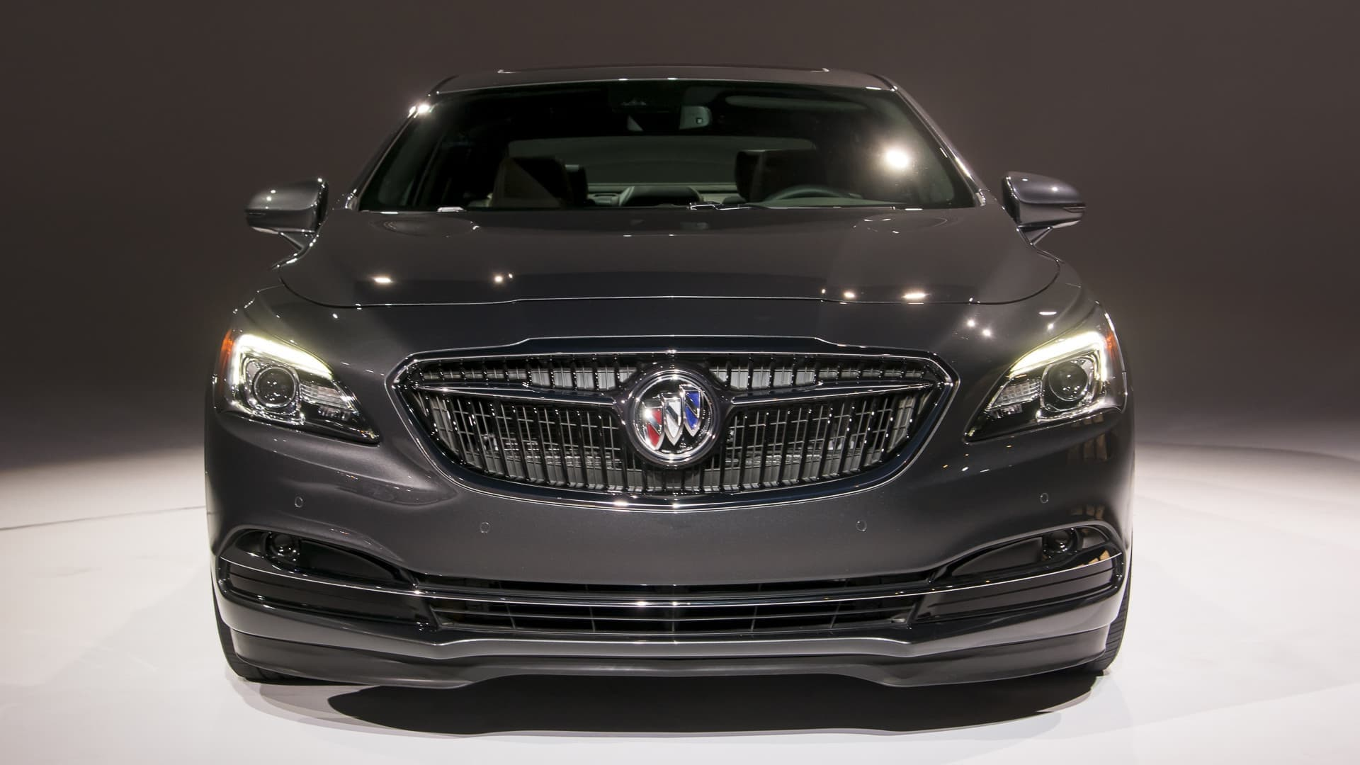 Buick Lacrosse 2017 >> 2017 Buick LaCrosse wallpapers HD High Quality Download