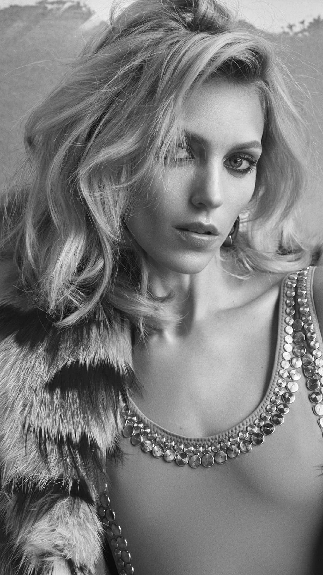 Full Hd Z Bw Android Anja Rubik Pics Photos on Hd Technology For Cars