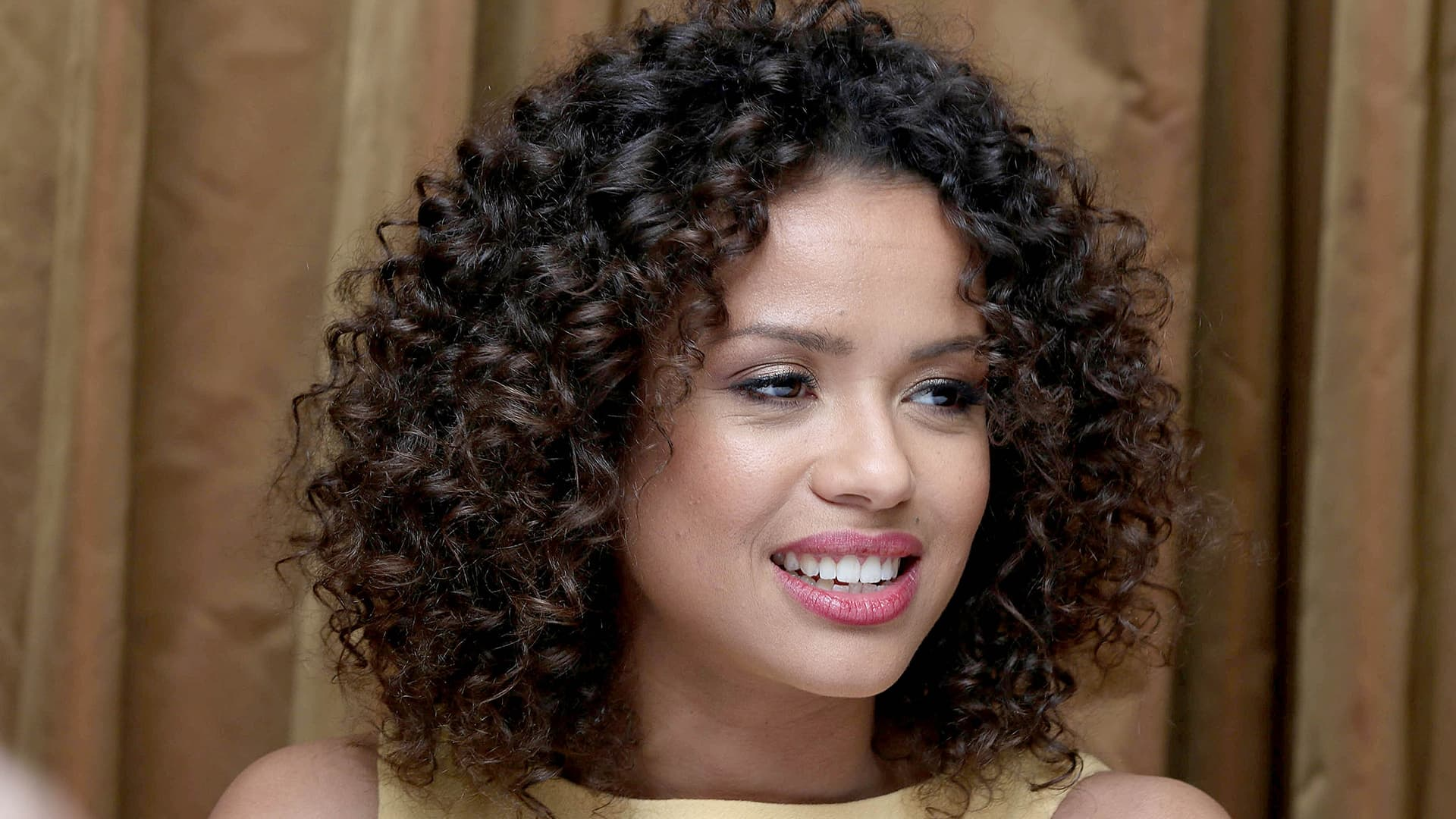 Gugu Mbatha-Raw wallpapers
