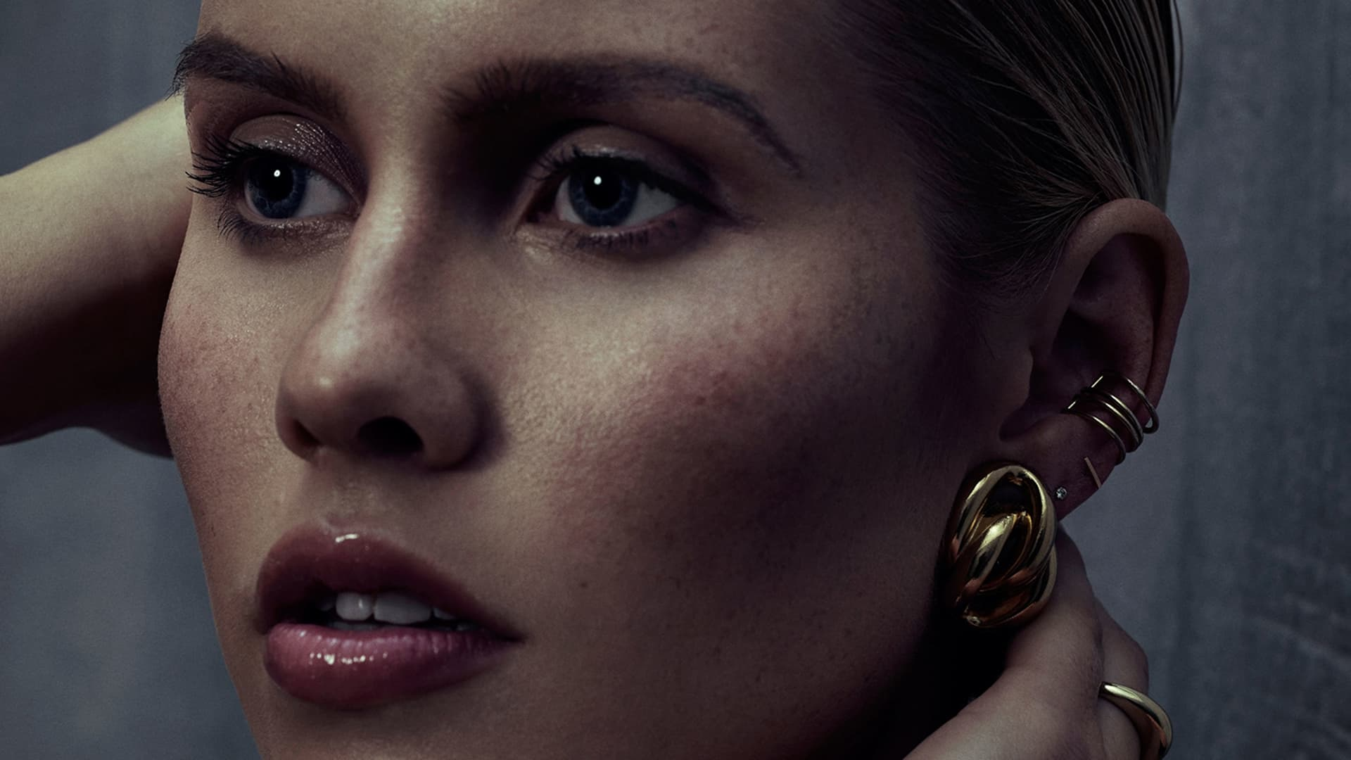 HD Claire Holt