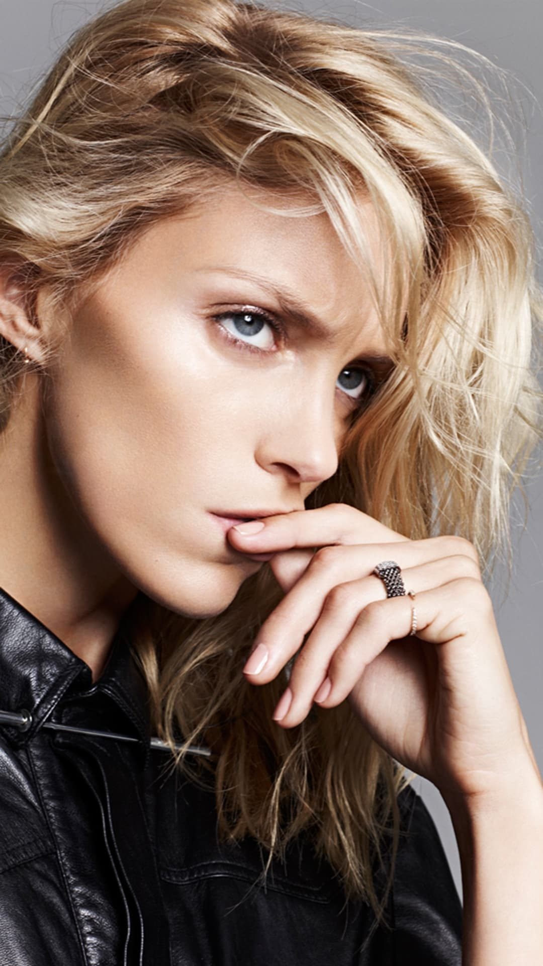 HD iPhone Anja Rubik