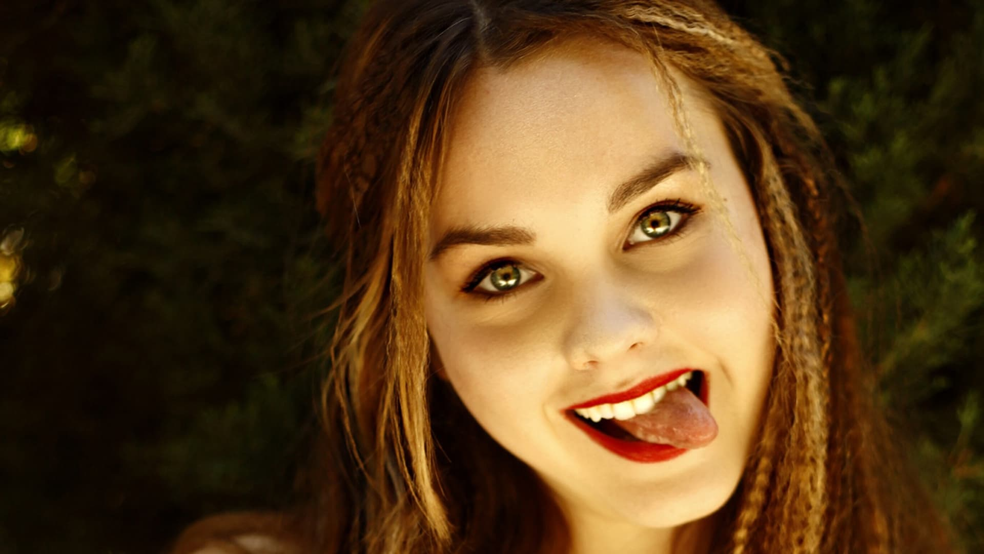 Liana Liberato wallpapers HD HIgh Quality Resolution Download
