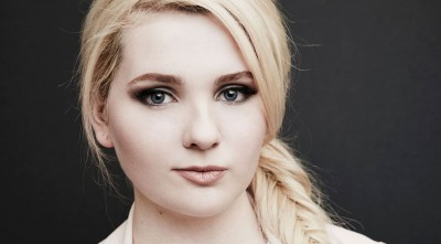 Abigail Breslin 1080p Wallpaper makeup