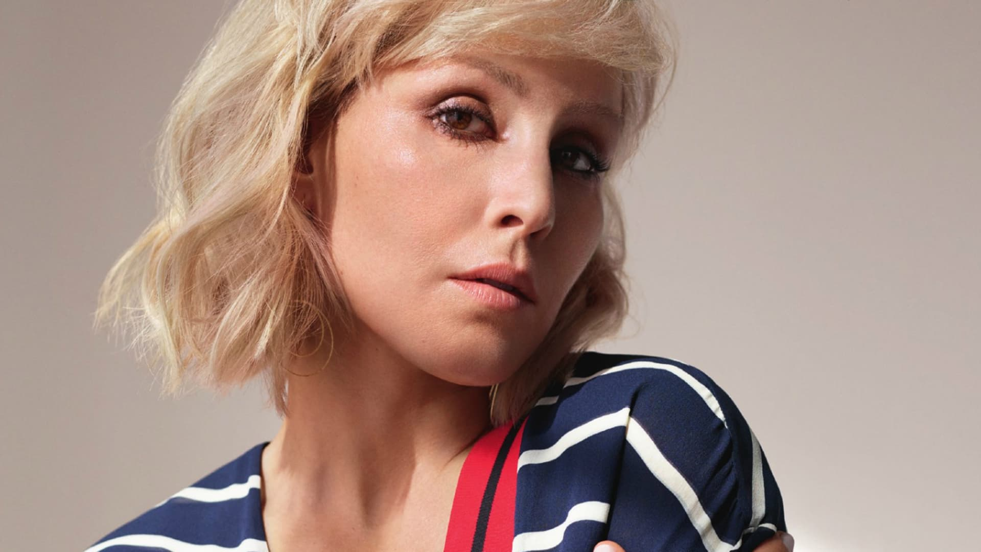 Noomi Rapace High Resolution Wallpaper