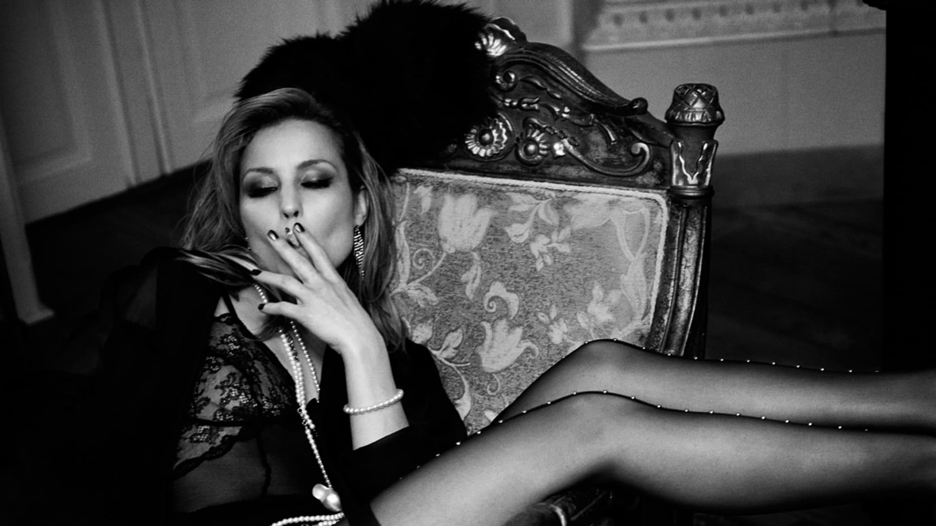 Noomi Rapace black and white image