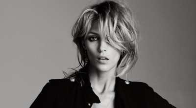 short hair Anja Rubik High Resolution