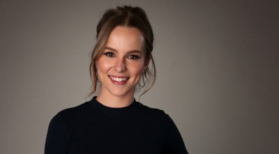 smile Bridgit Mendler Pics, Photos