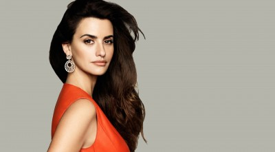 Penelope Cruz earrings for Desktop in HD