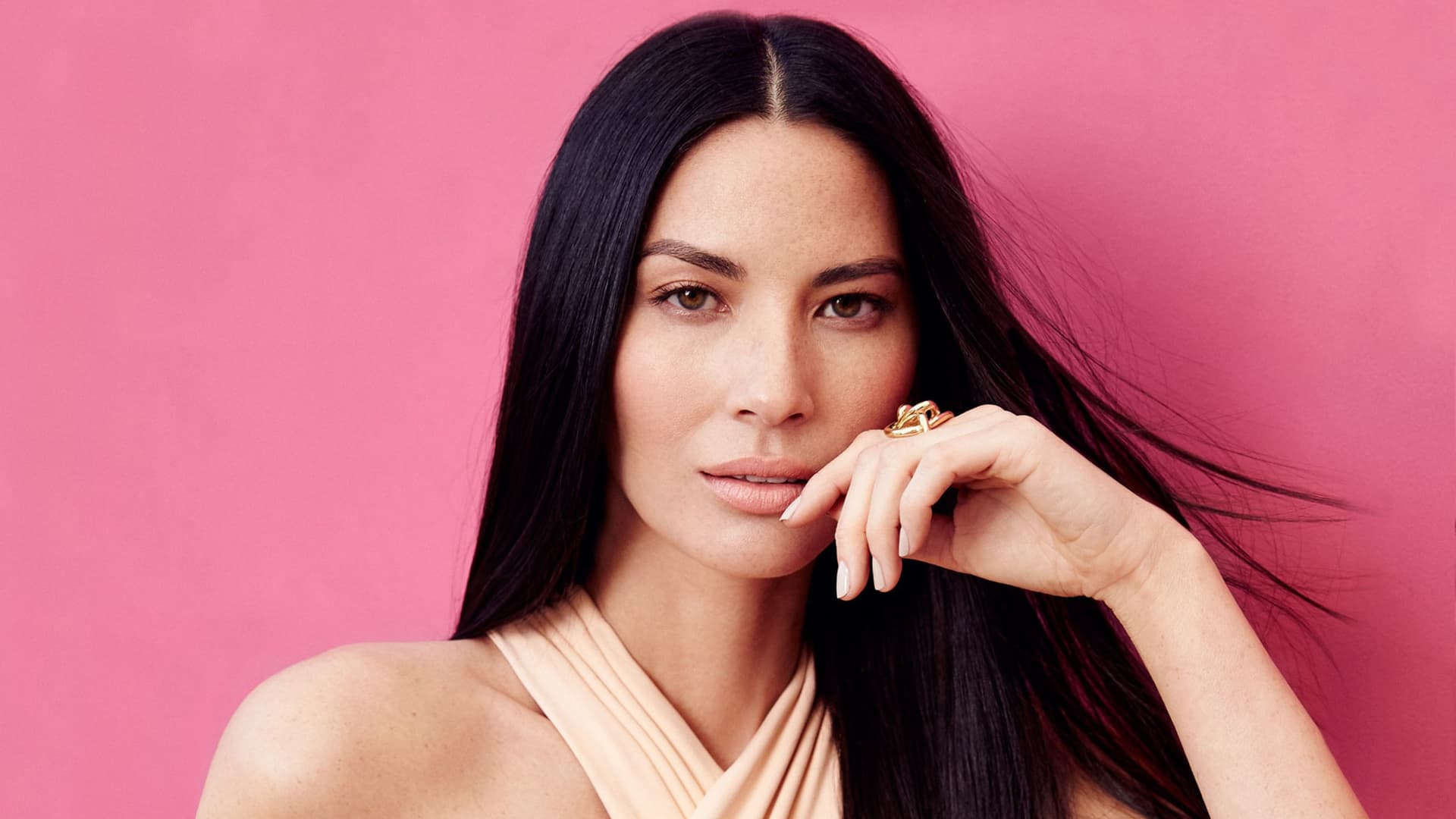 Olivia Munn Wallpapers Pictures Images Hd Download For