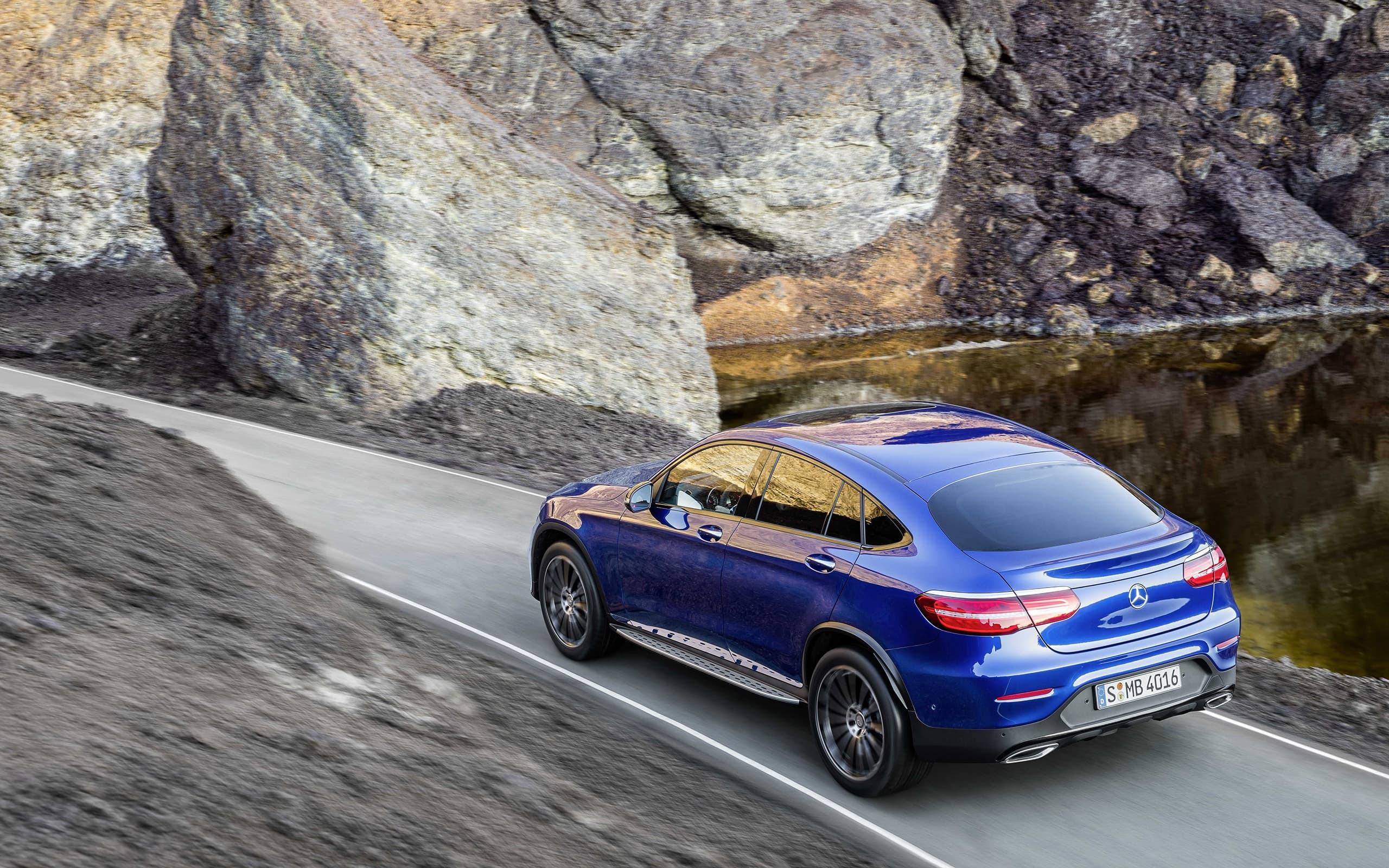 2016 Mercedes-Benz GLC Coupe Widescreen Wallpaper, motion