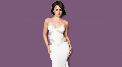 Demi Lovato White Dress most beautiful Image