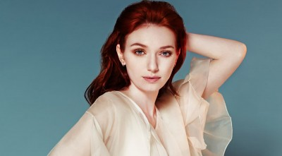 amazing Eleanor Tomlinson Wallpaper