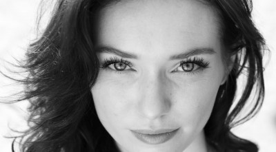 eyes Eleanor Tomlinson Wallpaper