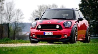 Mini Cooper Countryman Wallpaper
