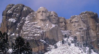 Mount Rushmore winter, snow