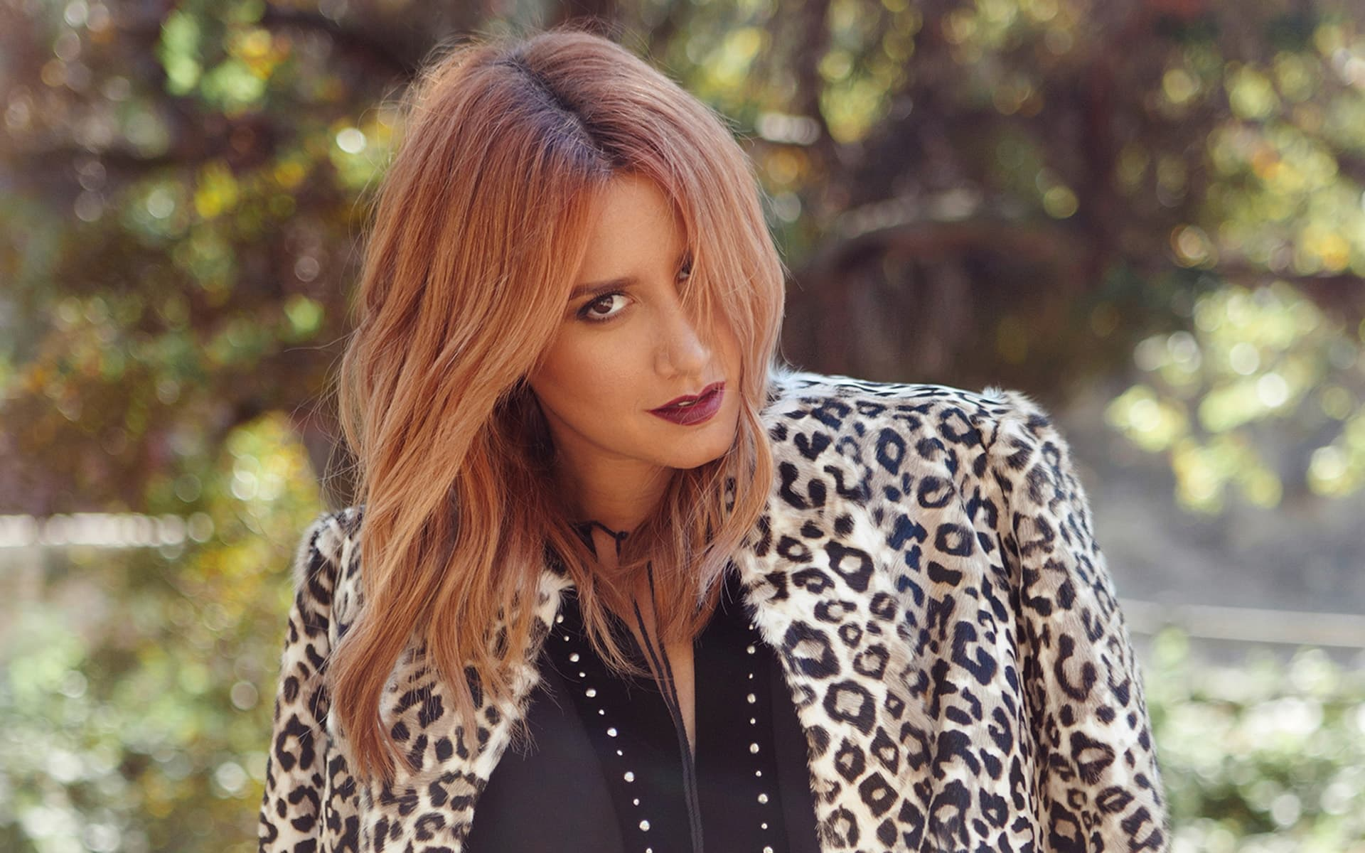 Ashley Tisdale Wallpapers HD Images Photos Pictures for ... | 1920 x 1200 jpeg 212kB