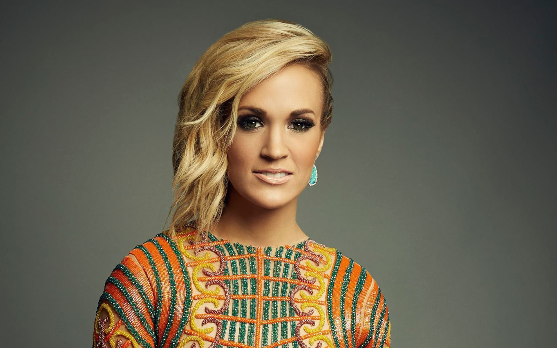 Carrie Underwood The Champion (Official Music Video ...