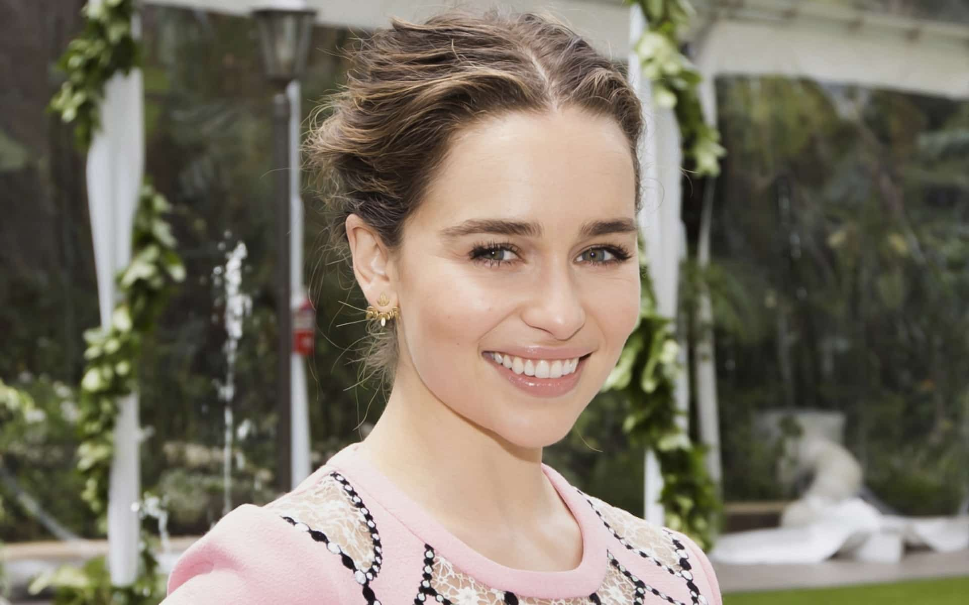Emilia Clarke High Quality Wallpapers